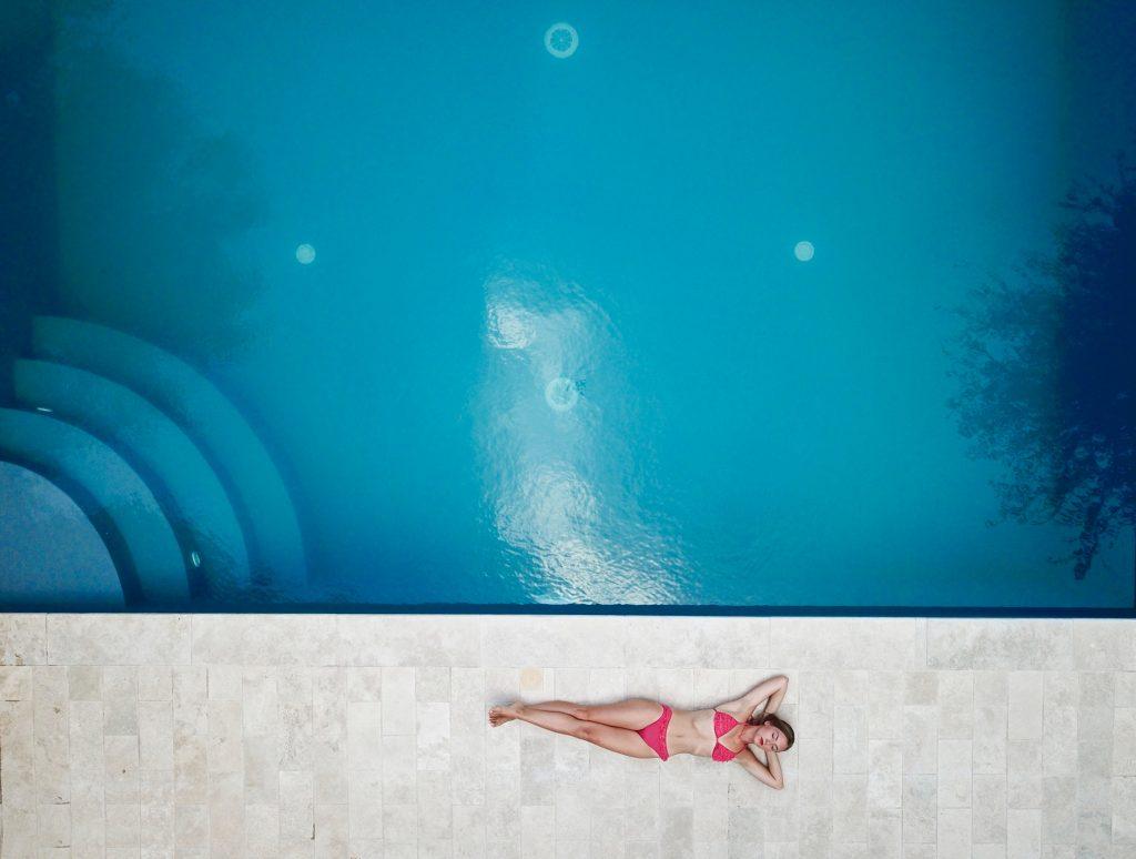 Sea Water Vs Chlorine Water Dr Pool Leaks